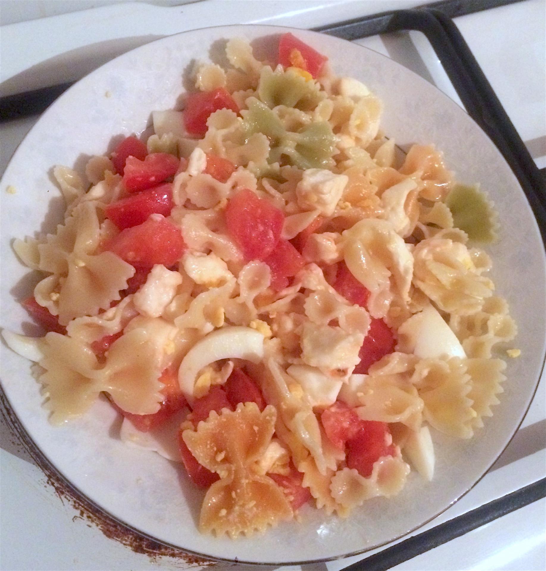 Salade de pates à la mozzarella
