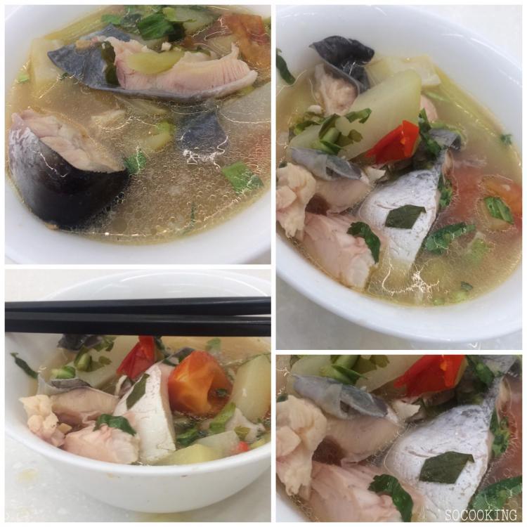 soupe de pangasiu acidulée au tamarin à la vietnamienne (Canh Ca Chua)