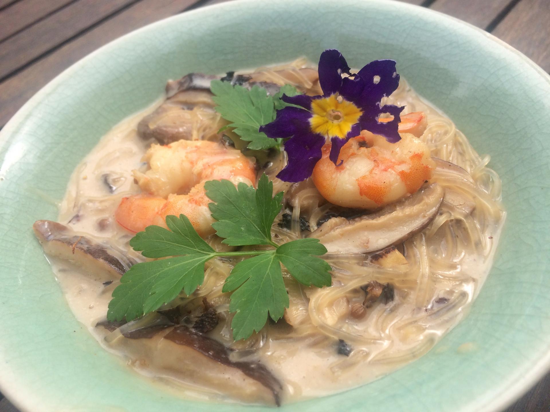 Soupe thaïlandaise coco crevettes